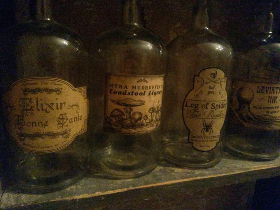 Bájitalos üvegek a bölcsek köve nyomában szabadulójátékban